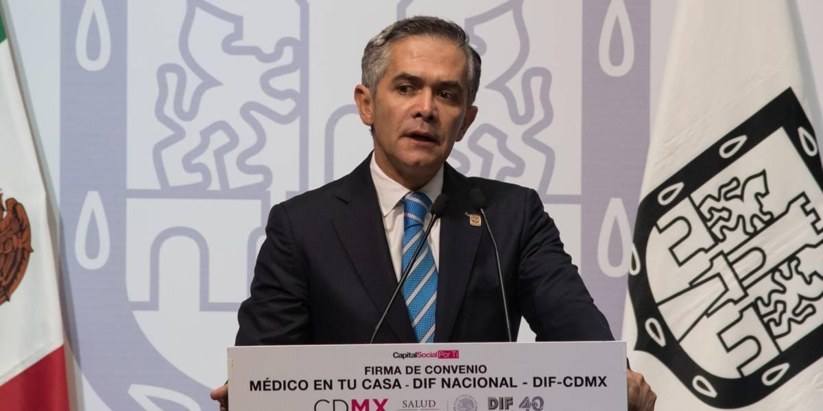 Autoridades locales desmienten que Mancera haya pedido la renuncia a su Gabinete legal