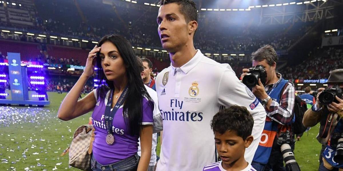 ¡De escándalo! La exhorbitante cantidad que costaron los gemelos de Cristiano Ronaldo