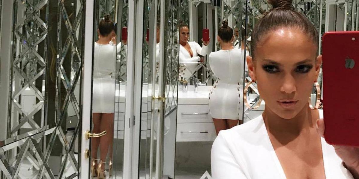 ¿Jennifer Lopez graba su nuevo video sin ropa interior?