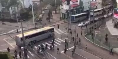 Torcedor envolvido em ataque a corintianos se apresenta à polícia