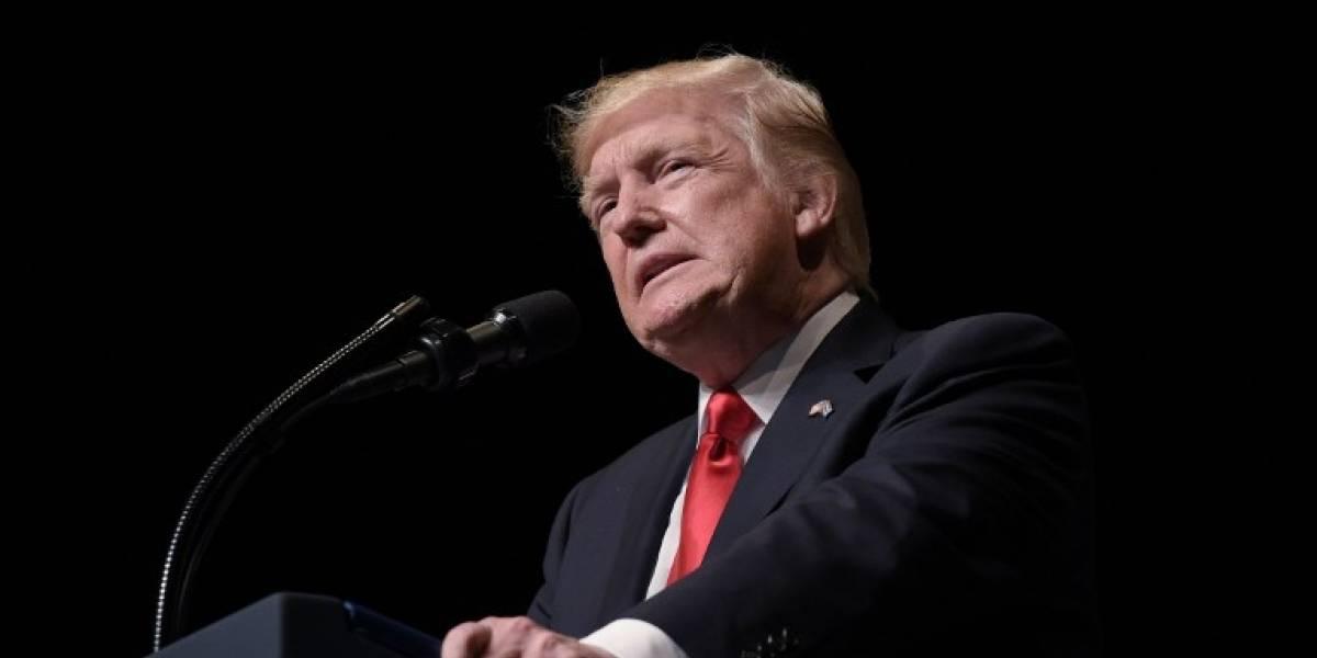 """Trump defiende su presidencia y denuncia una """"cacería de brujas"""""""