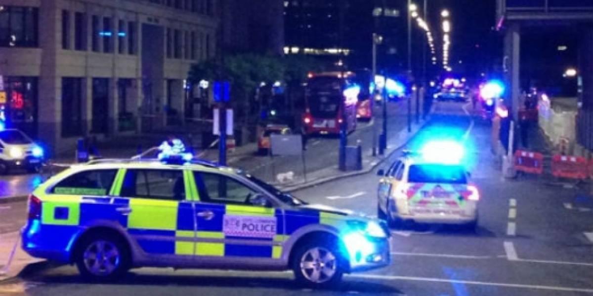 Conductor arrolla a multitud en Londres; reportan un muerto y varios heridos