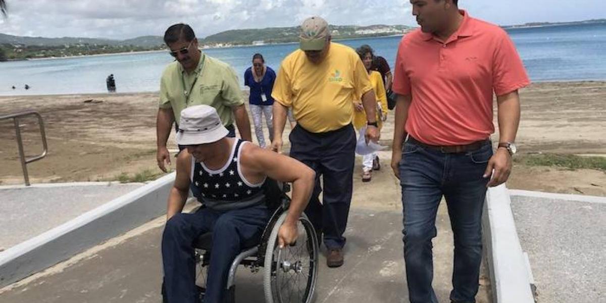 Con apoyo medida para dar acceso a personas con impedimentos a playas