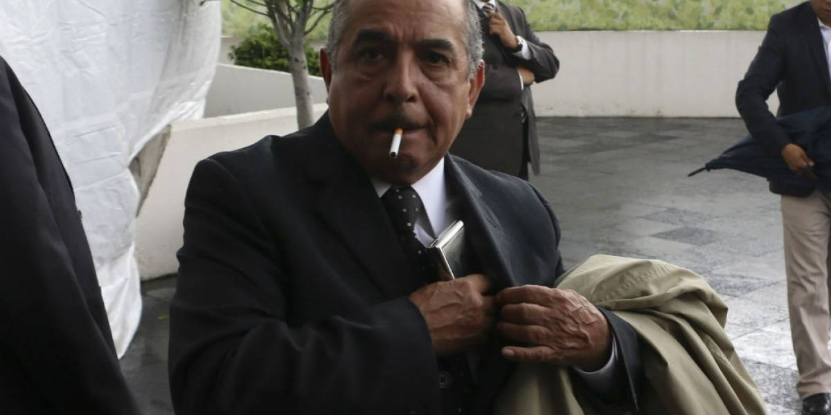 Fallece padre de Carlos Marín