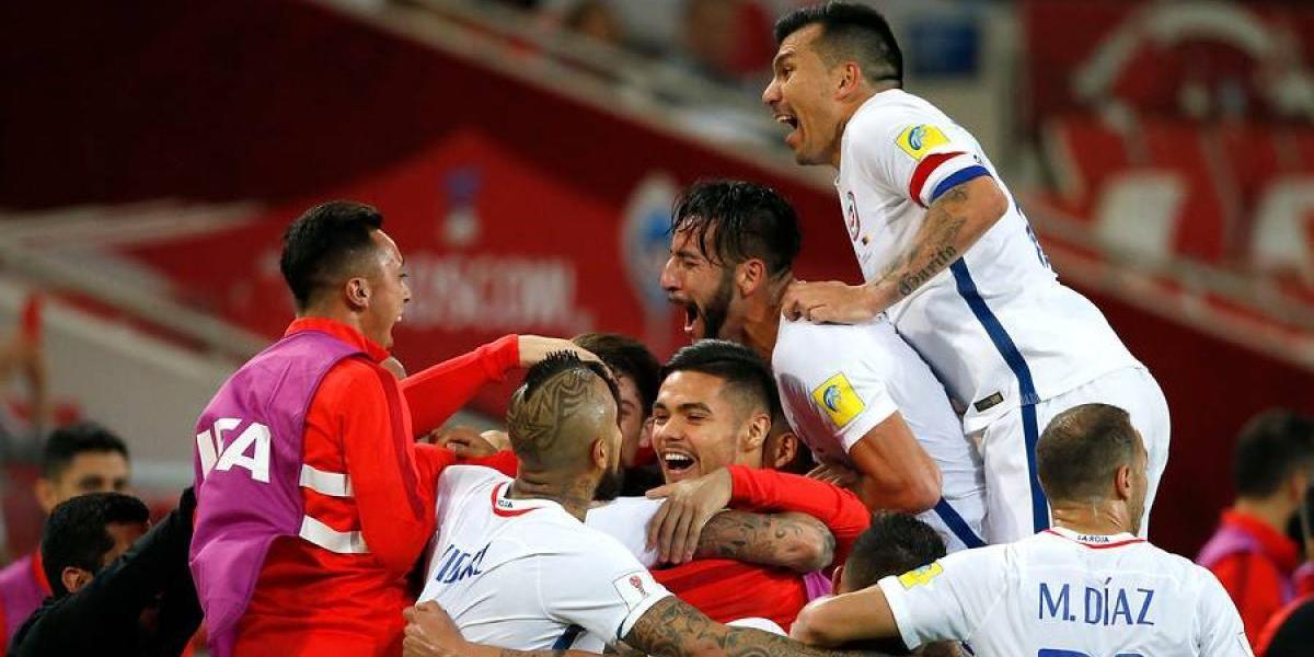 """""""Chile le ganó al VAR y a Camerún"""": la prensa mundial y la victoria tecnológica de la Roja"""