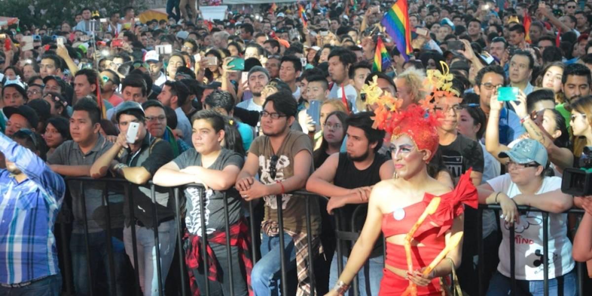 Marchan 11 mil personas por la diversidad en Nuevo León