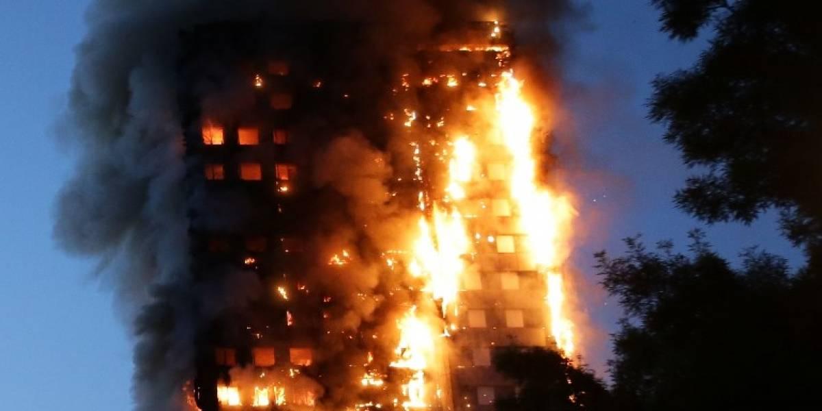 Infierno en la Torre Grenfell: suben a 79 los muertos tras incendio en Londres