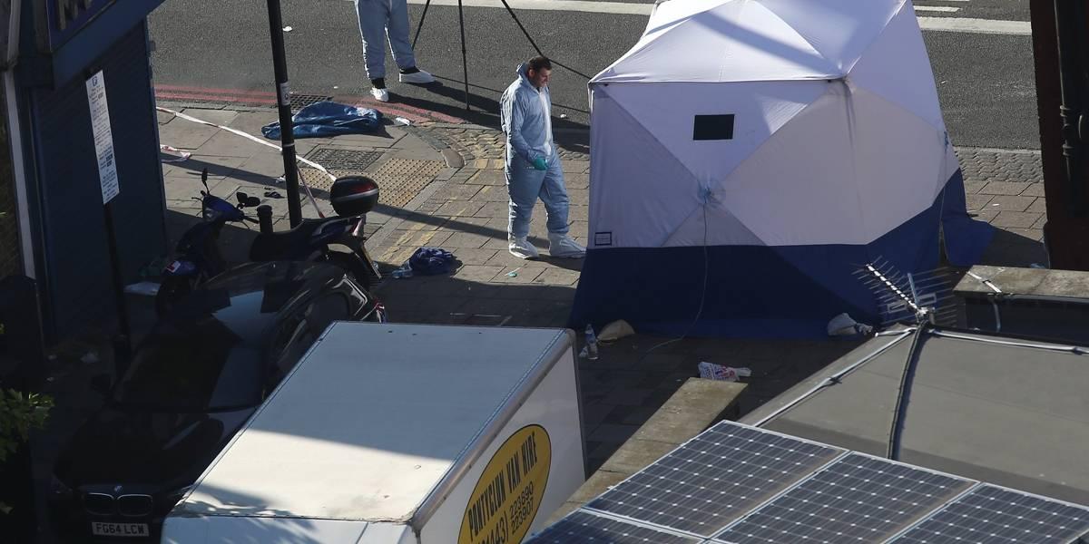 Atropelamento em Londres deixou um morto e dez feridos; polícia vê terrorismo