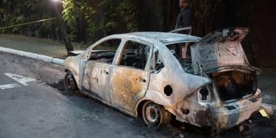 Corpo carbonizado é encontrado dentro de carro no Morumbi