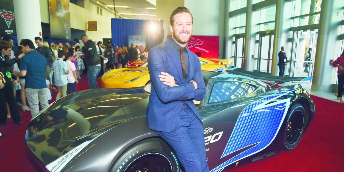 """Armie Hammer sobre """"Cars 3"""" y ser padre en la era del smartphone"""
