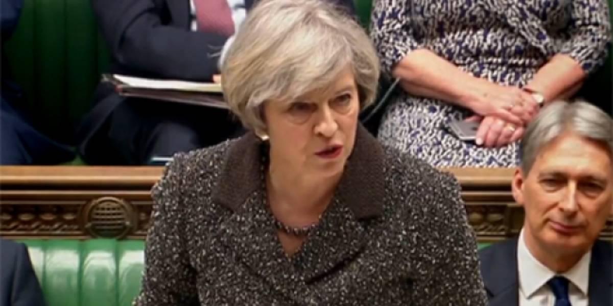 """Terrorismo será """"aniquilado de raíz"""": Theresa May"""