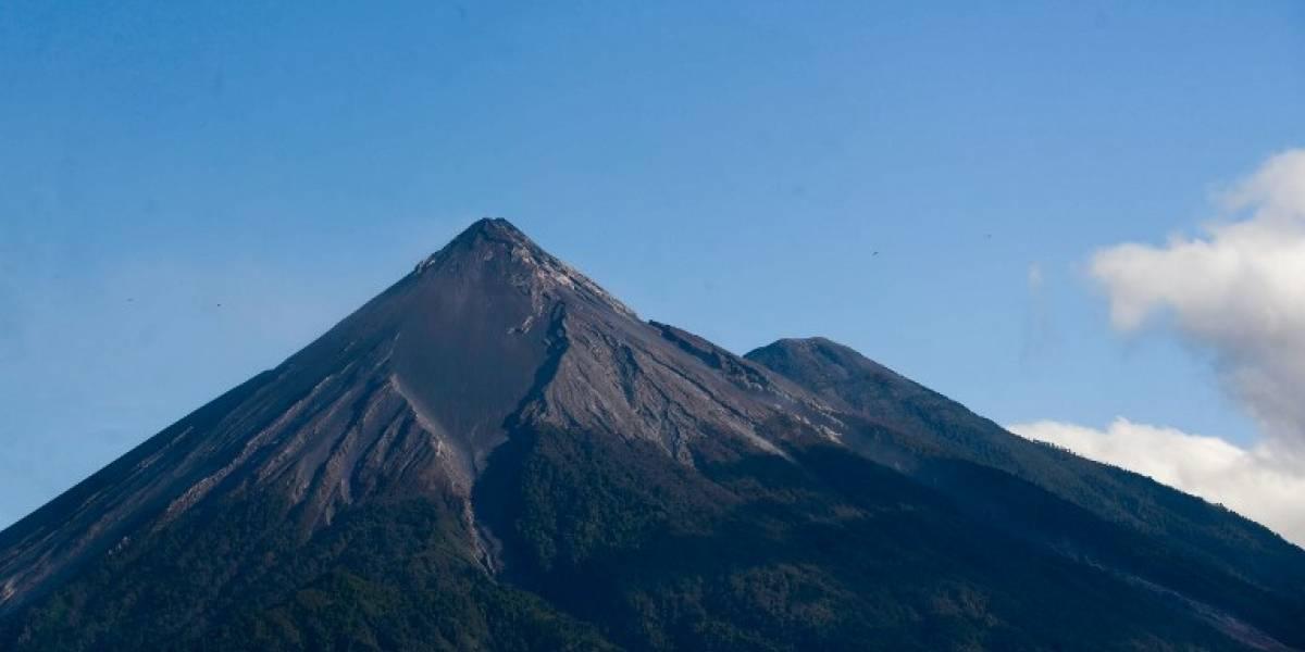 La foto del desnudo frente a volcán de Guatemala que ha causado revuelo