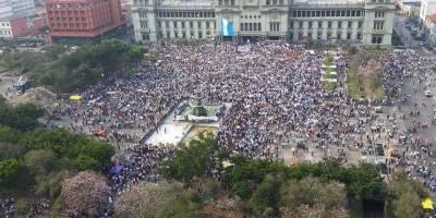 A dos años de la caída de Pérez Molina, corrupción aún acosa a Guatemala