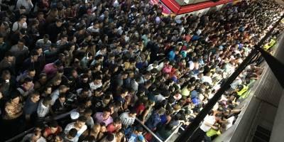 Metrô de SP lança aplicativo para receber denúncias de passageiros