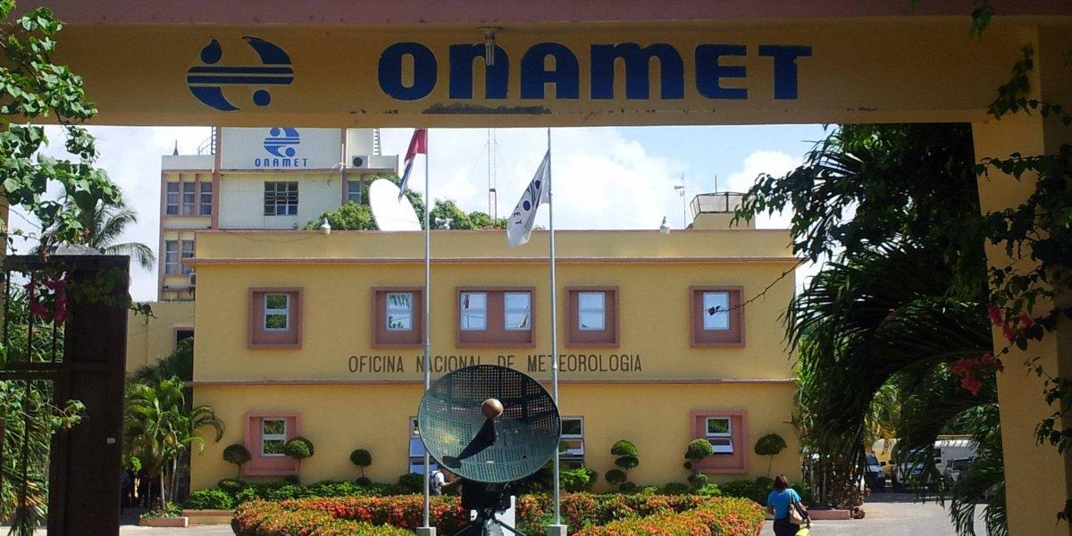 ONAMET anuncia aguaceros moderados por vaguada