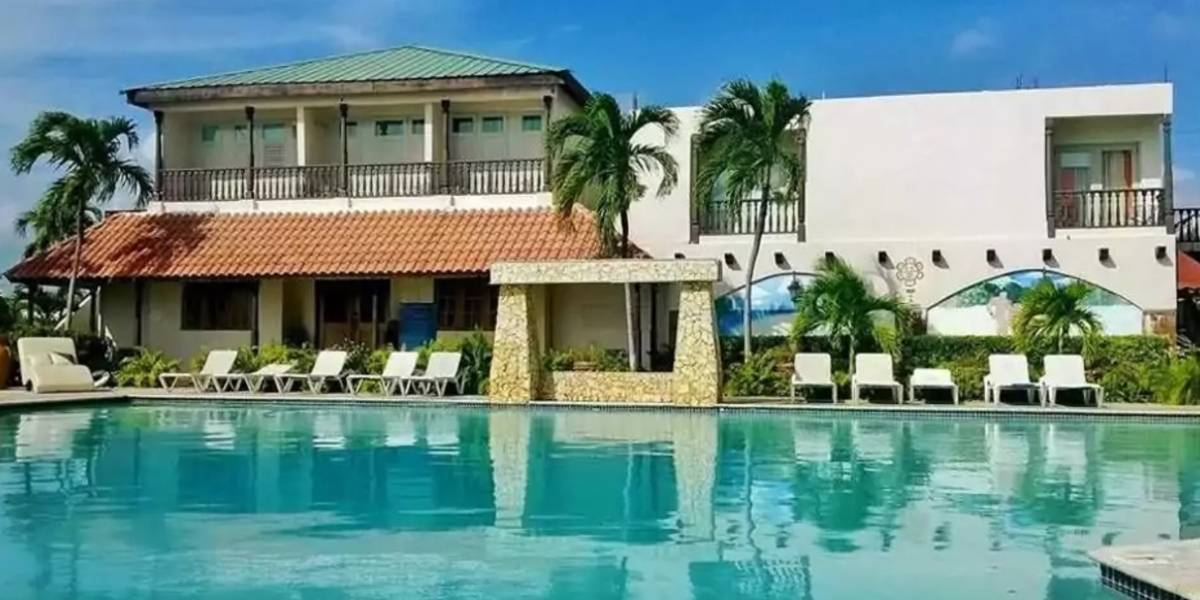"""Justicia somete 123 cargos contra hotel por evasión de """"room tax"""""""