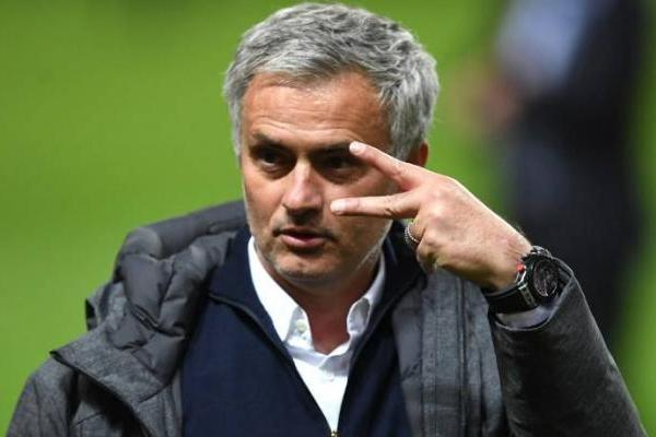 Mourinho cree que el mercado europeo está sobrevalorado / AFP