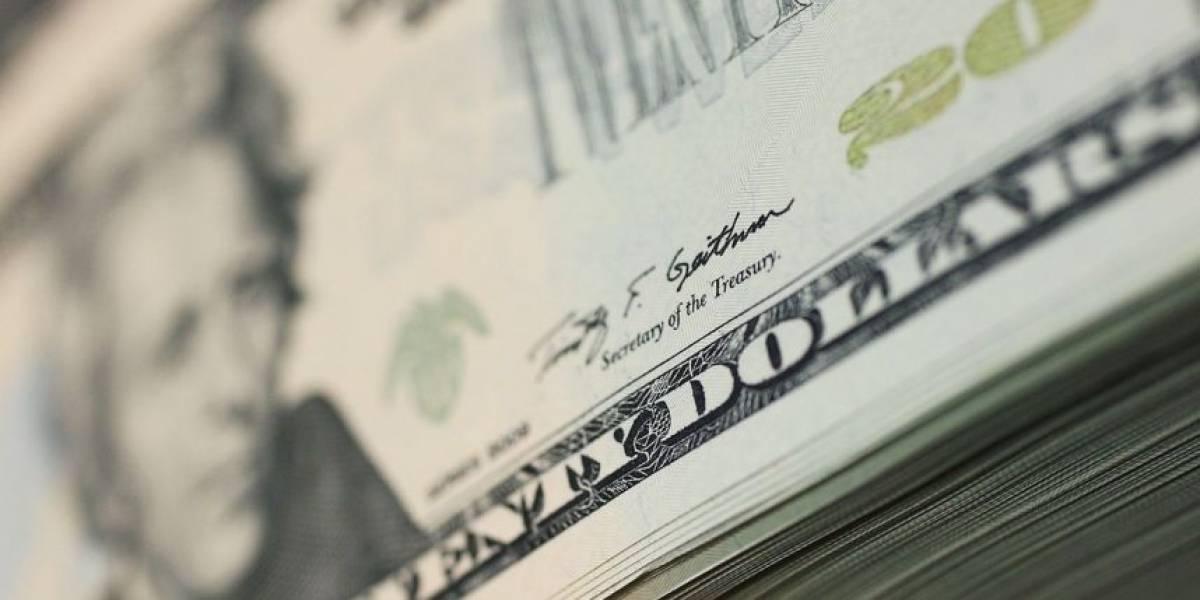 Comienza la entrega de cheques por desempleo