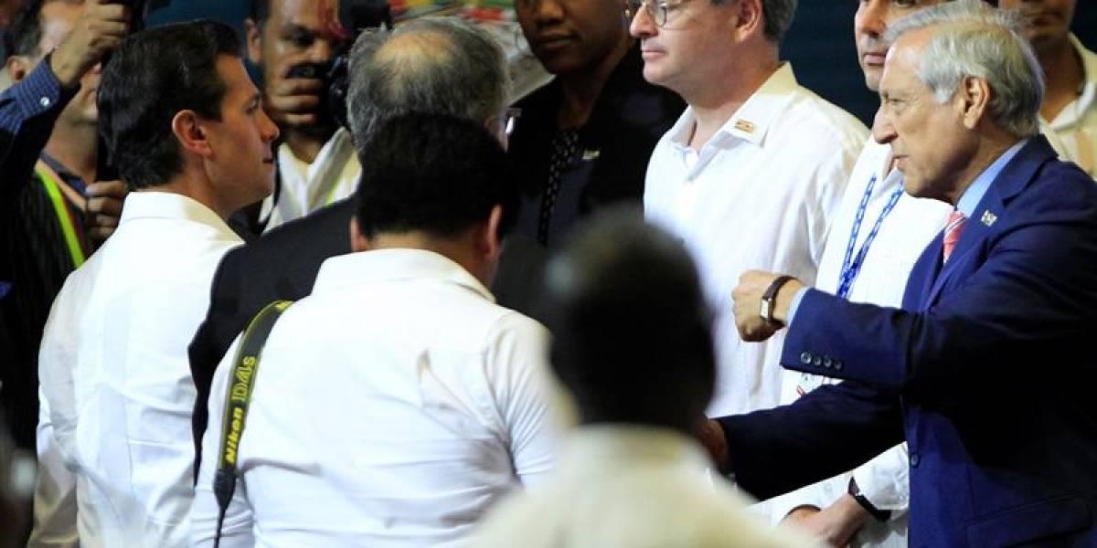 """Canciller venezolana dispara contra Heraldo Muñoz y acusa al Gobierno de ser """"incapaz de derogar leyes pinochetistas"""""""