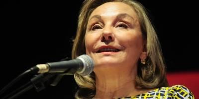 Cecilia Morel sale a defender a Piñera por