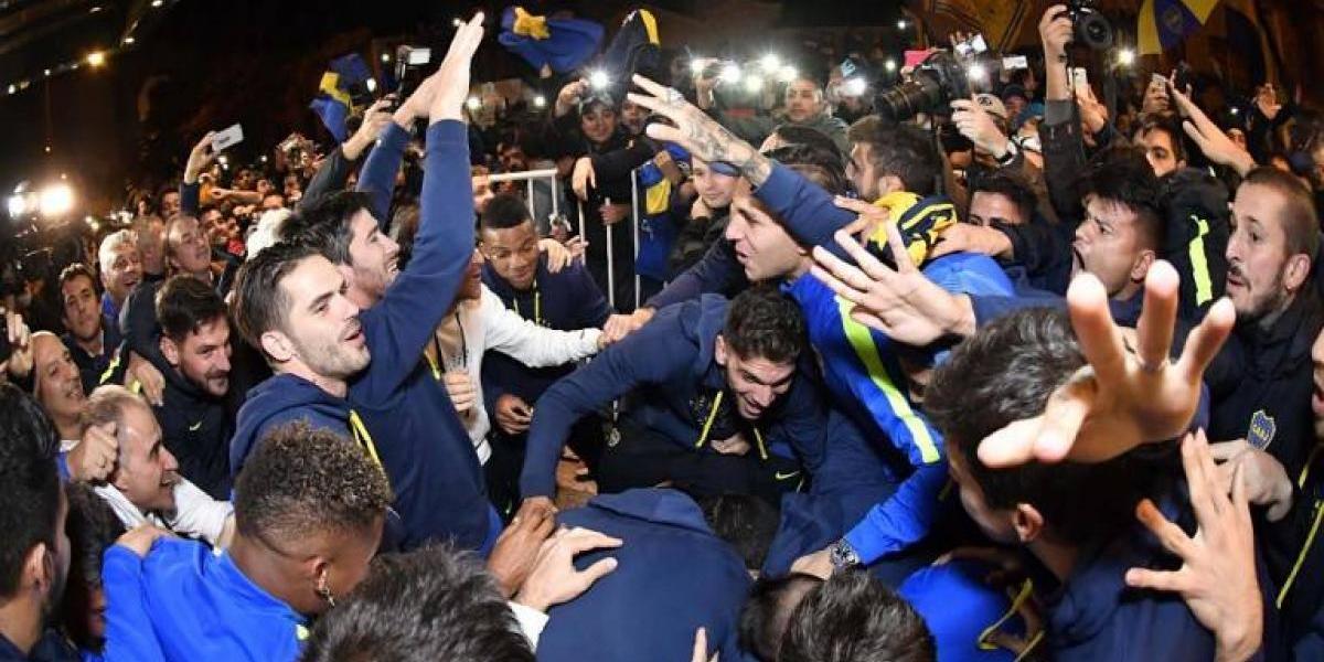 La afición de Boca celebra el título de la Liga argentina