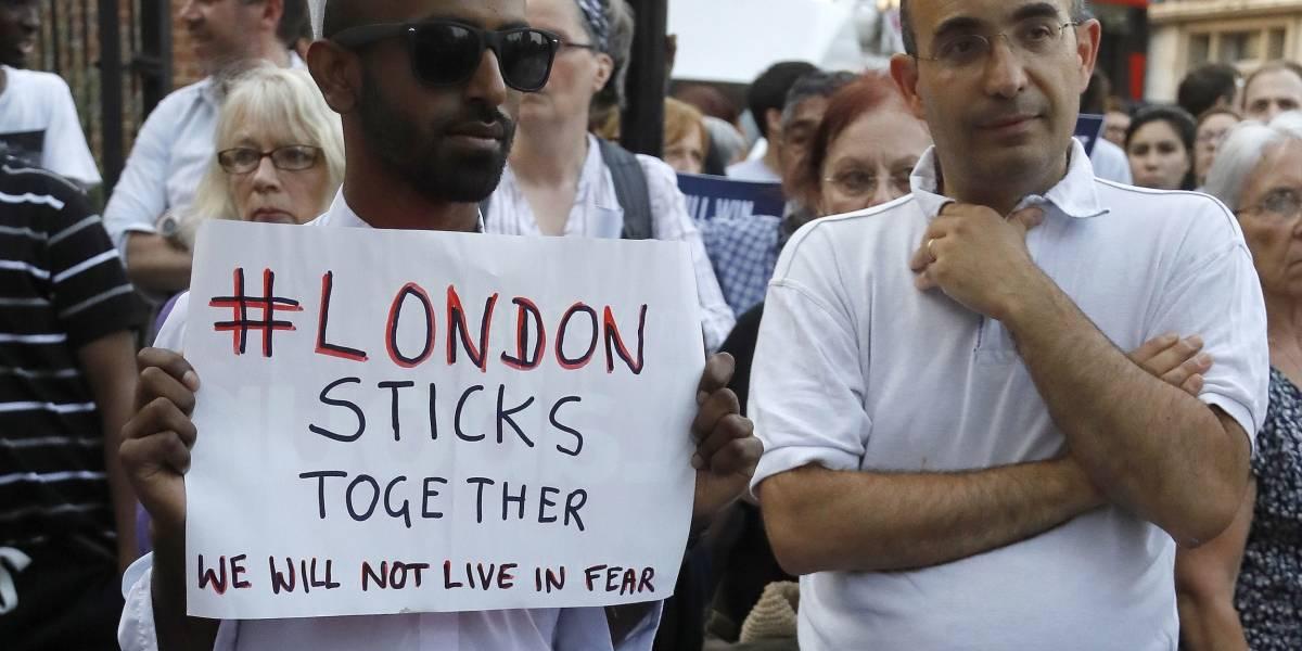 Acusan de terrorismo al agresor de mezquita en Londres