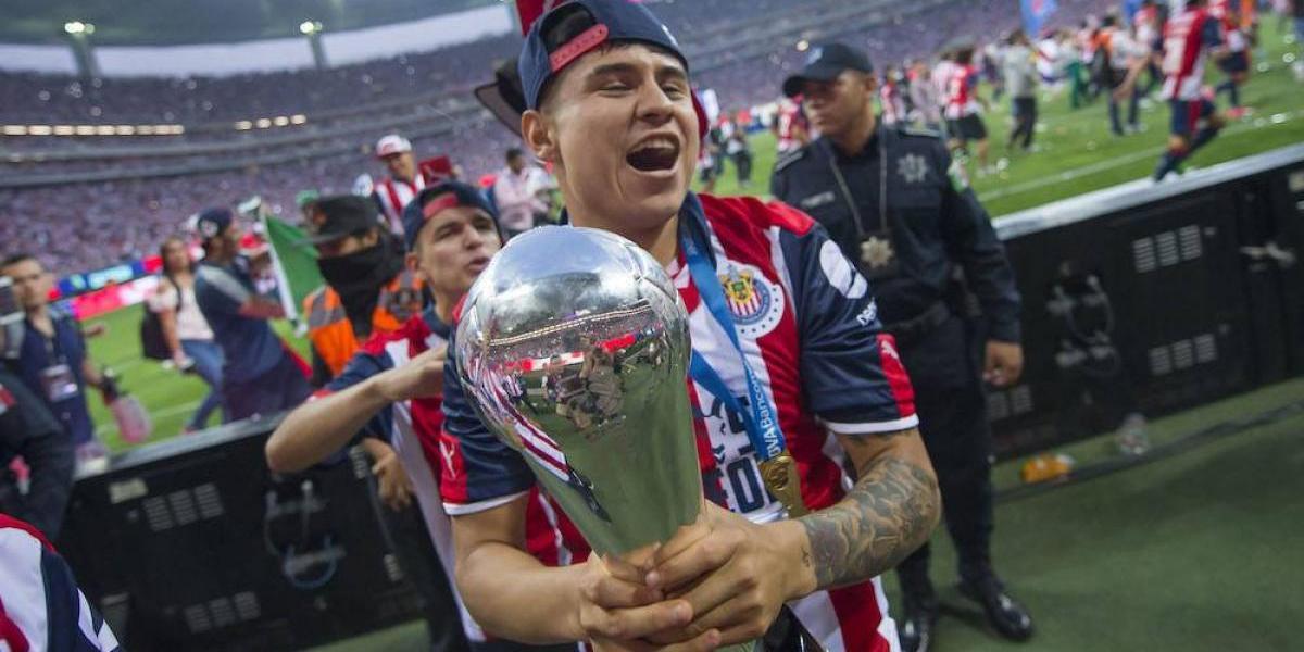 """Chivas buscará que la """"Chofis"""" se salve de ir al quirófano"""