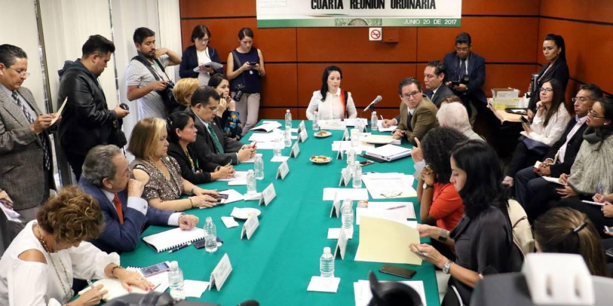 FEADLE y diputados se reúnen sin abordar presunto espionaje a periodistas