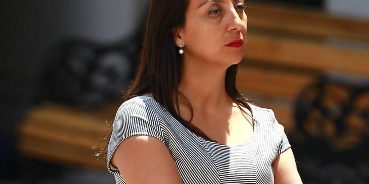 """Cecilia Pérez defiende a Piñera tras """"chiste"""", arremete contra la """"izquierda doble estándar"""" y causa revuelo en Twitter"""