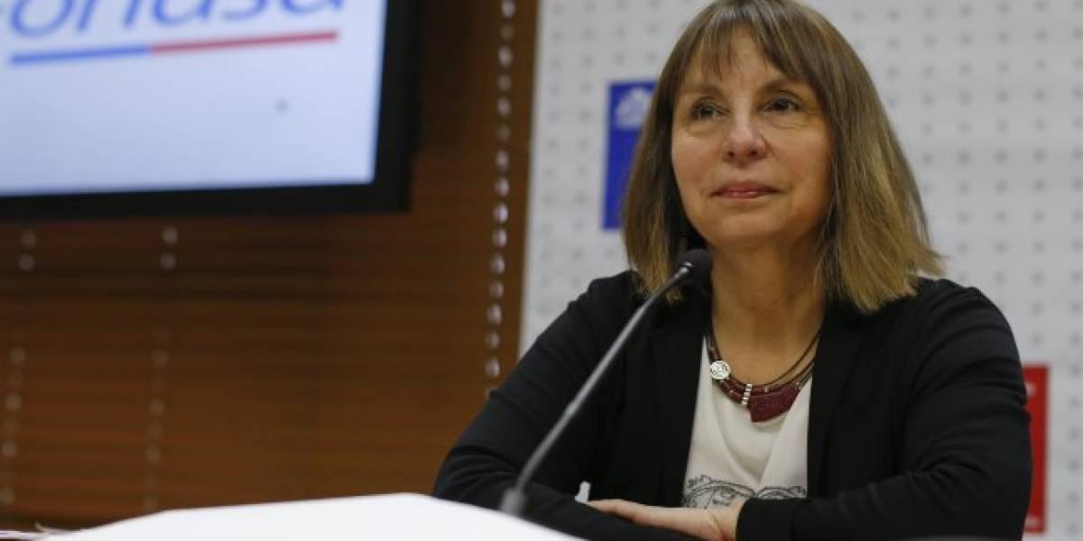 """Directora de Fonasa: """"Tenemos pruebas que demuestran colusión en centros de diálisis privados"""""""