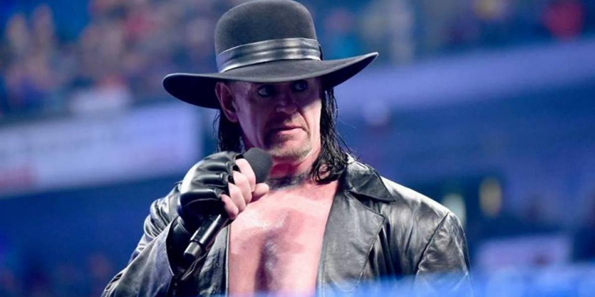 VIDEO. El Undertaker regresa en el aniversario de RAW y deja un enigmático mensaje