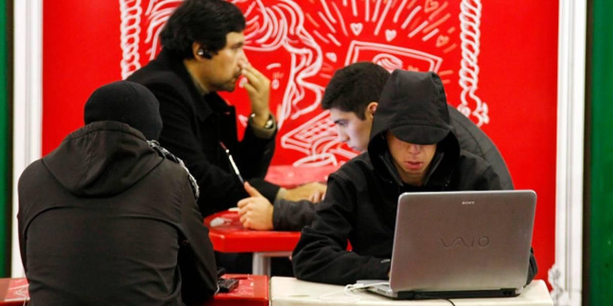 Informe revela que Chile reduce levemente brecha social de uso de internet
