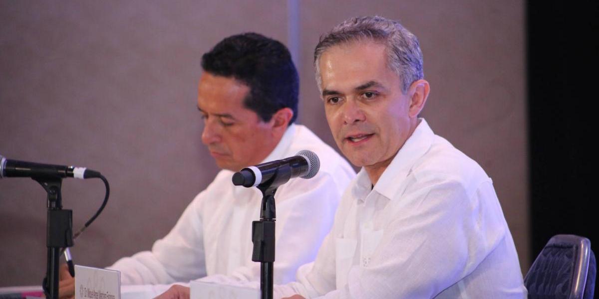 Mancera rechaza enérgicamente prácticas de espionaje contra periodistas