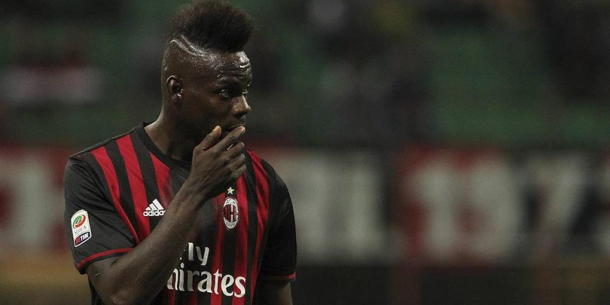 VIDEO: Mario Balotelli se agarra a cachetadas ¡con su hermano!