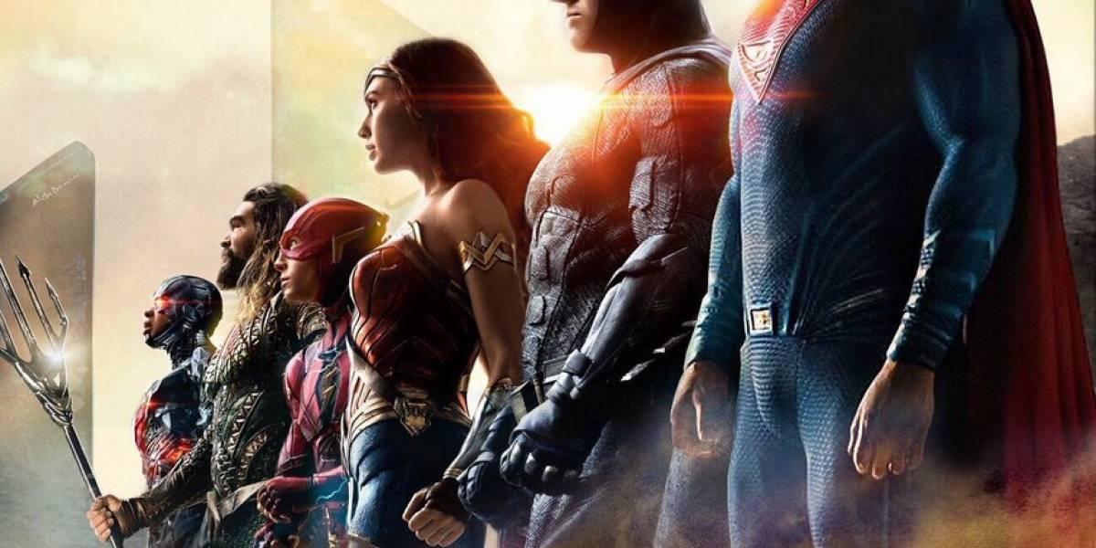 Superman aparece en el nuevo póster de la Liga de Justicia