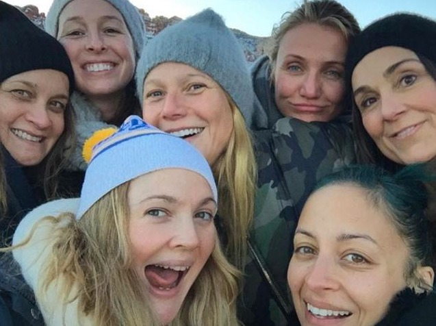 Actrices como Drew Barrymore, Gwynet Paltrow y Cameron Diaz posaron para la selfie sin maquillaje Foto: Especial