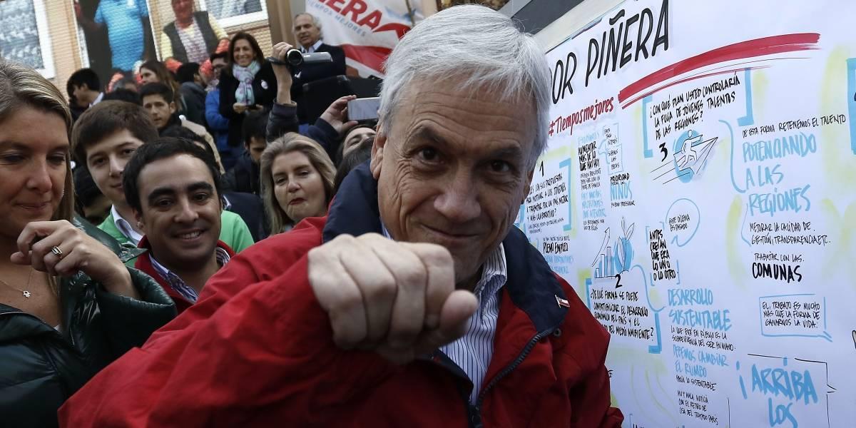 """""""Las mujeres se hacen las muertas y los hombres nos tiramos encima"""": la cuestionada """"talla"""" de Piñera en Linares"""