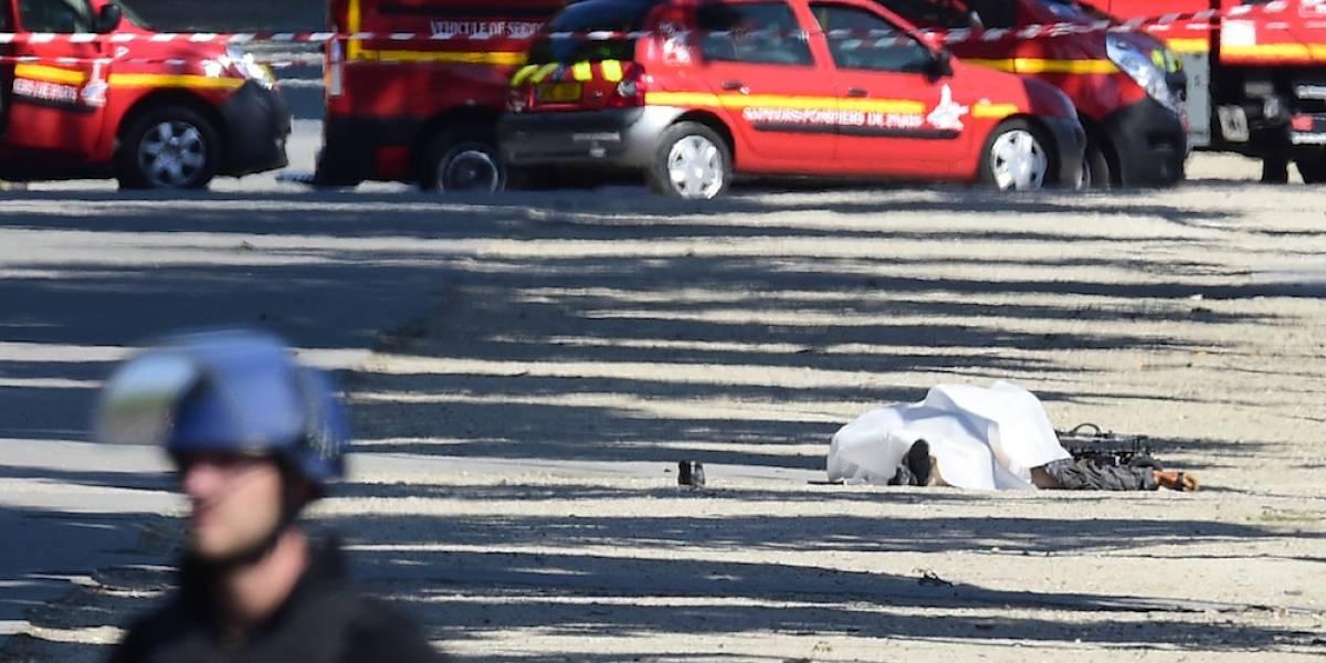 Agresor de París tenía permiso para portar armas pese a reporte de extremismo
