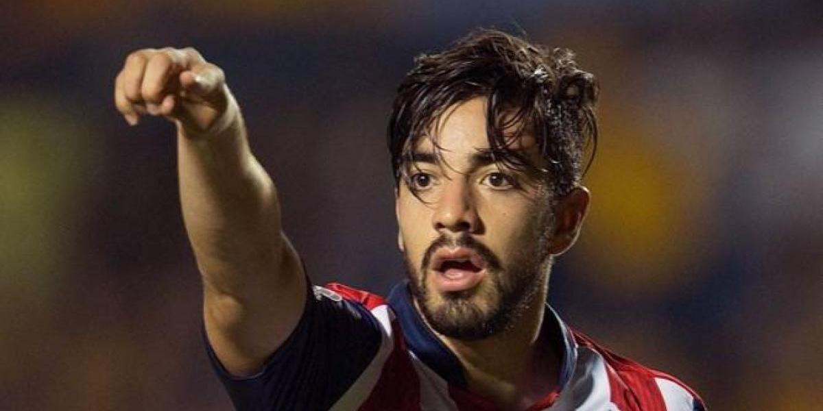 Rodolfo Pizarro no saldrá por ahora de las Chivas