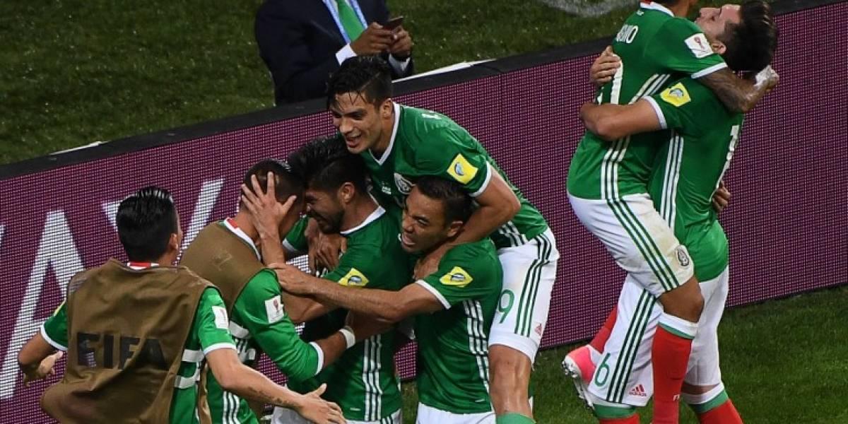 México sufre hasta el final para obtener su primer triunfo en la Copa Confederaciones