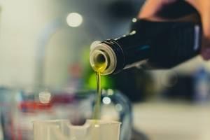 Aceite de oliva ayuda a prevenir el Alzheimer, según estudio