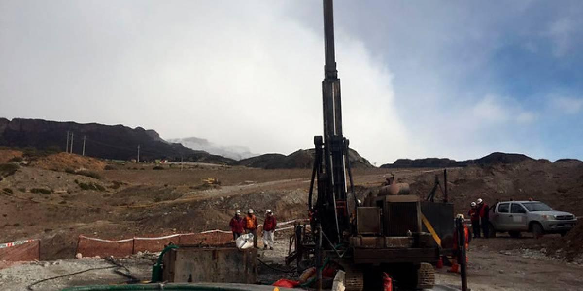 """Mineros atrapados en Chile Chico: yacimiento está inundado y esperanza de vida """"es nula"""""""