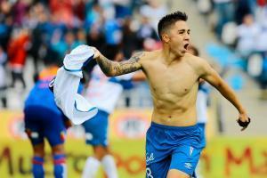 Everton confirmó la llegada de Jaime Carreño y un delantero argentino