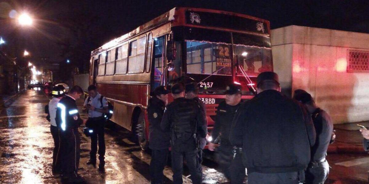 Ayudante de ruta 22 es asesinado en la Avenida Elena