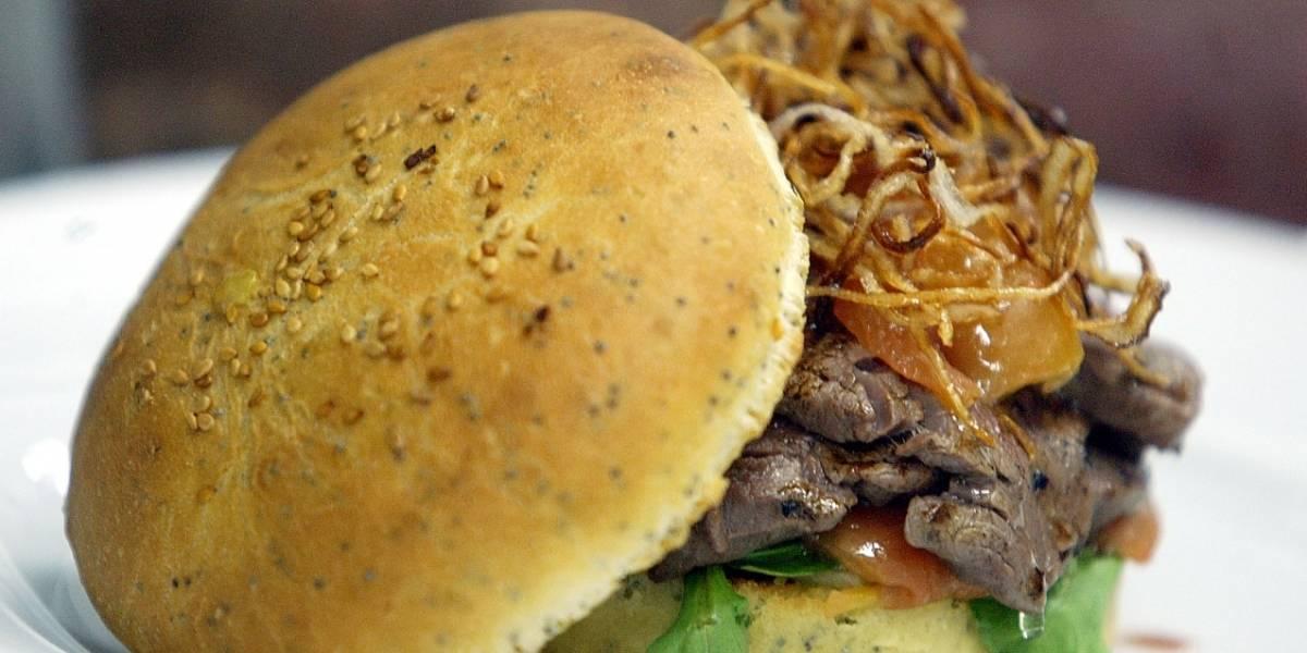 ¡Por menos de 30.000 pesos podrá comer todas las hamburguesas que pueda! Entérese cómo