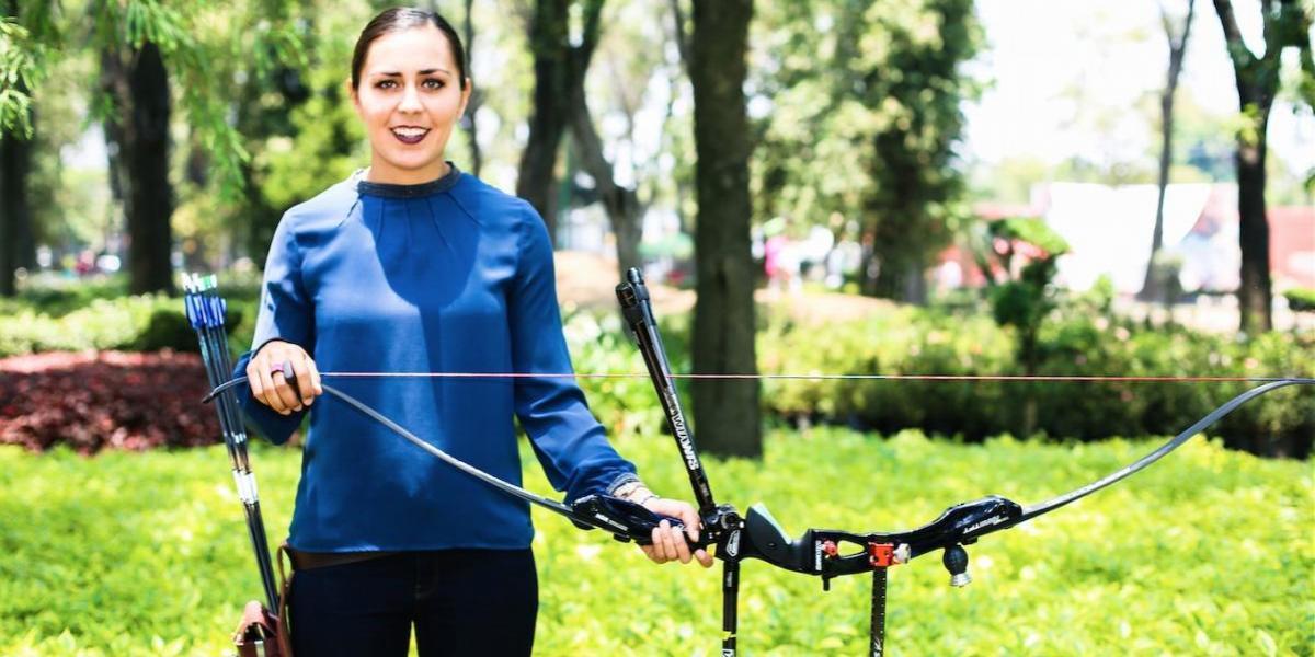 VIDEO: Una clase de Tiro con Arco con la medallista olímpica Aída Román