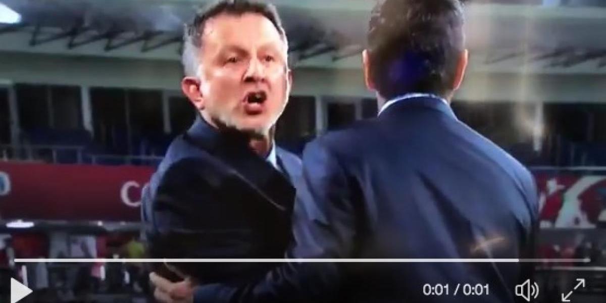 """¡""""Motherfu%&$""""! El insulto de Osorio por 'juego sucio' de Nueva Zelanda"""