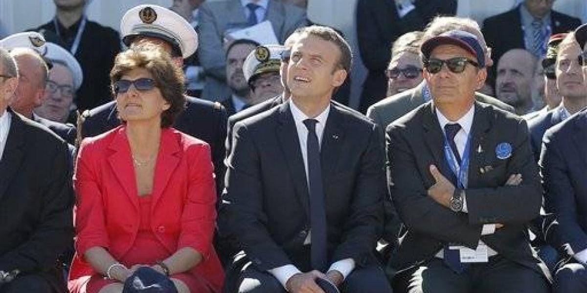 Dimiten 2 ministros de Macron por investigaciones en su contra