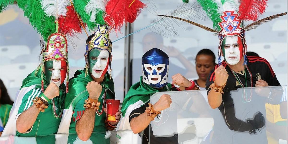 México juega hoy bajo amenazas de la FIFA