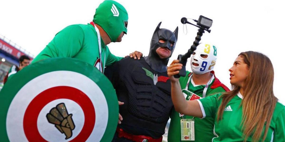 Afición de México cambia el grito 'homofóbico' por los aplausos
